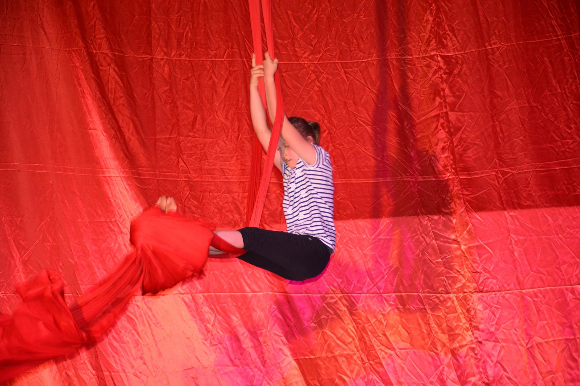 Spectacle 2018 ; le cinema ,photos Laurence