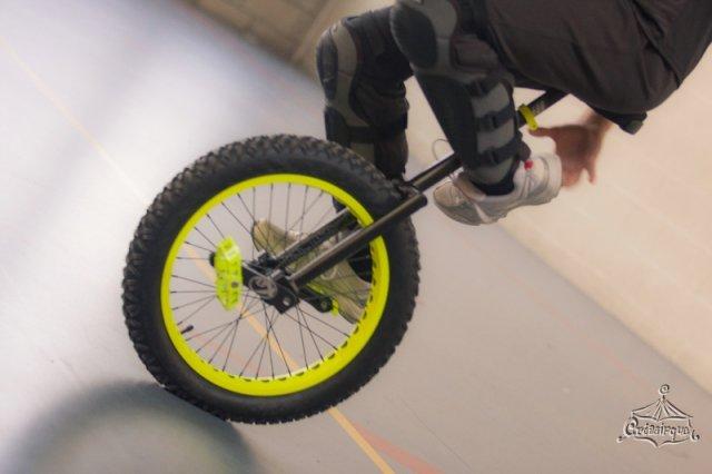 phoca_thumb_l_a_monocycle_0033