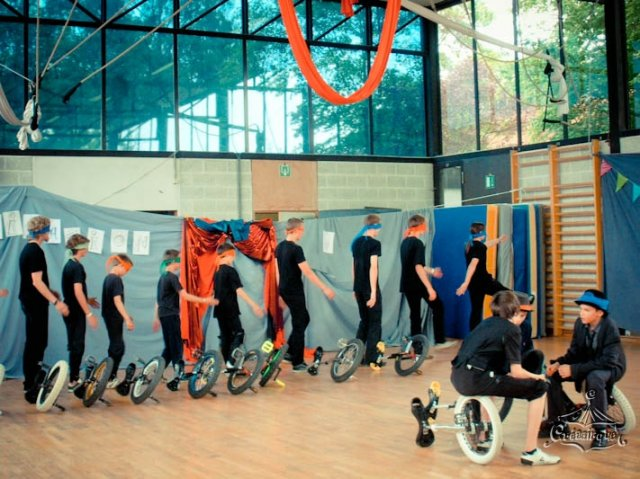 phoca_thumb_l_spectacle2010_29